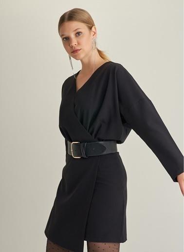 Monamoda Kruvaze Yakalı Yarasa Kol Elbise Siyah